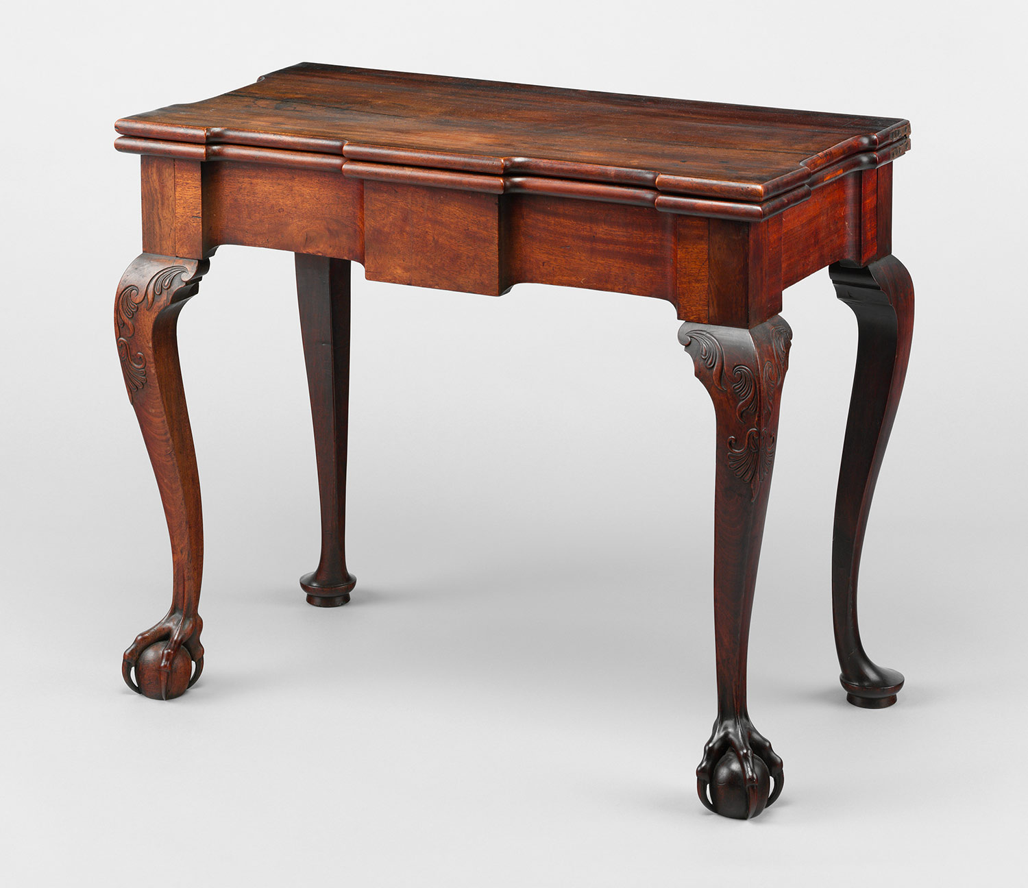 h2 67.114.1 - Antique American Furniture: A Frank Discourse