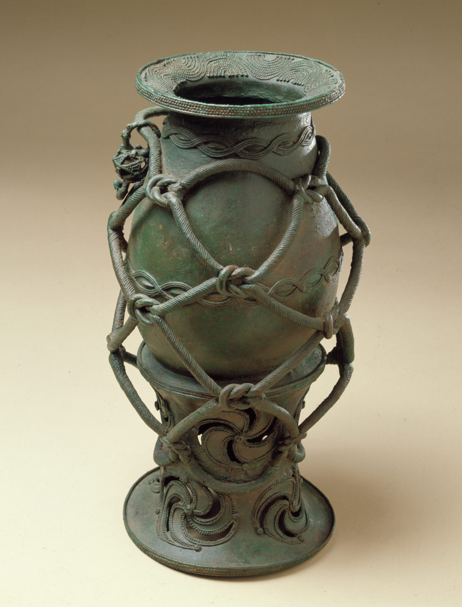 Roped Pot on a Stand: 9th-10th century
