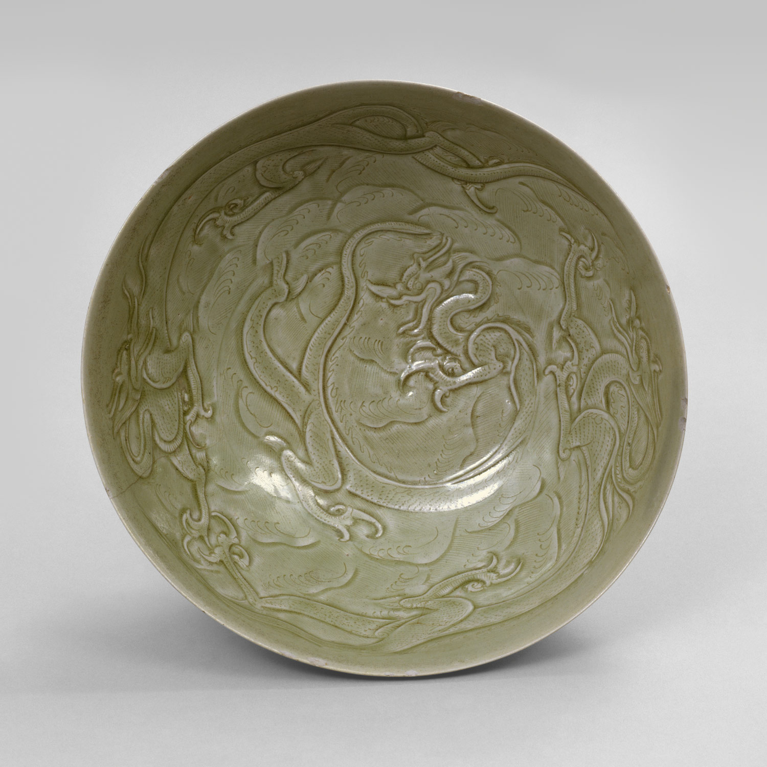 Bowl with Dragons among Waves