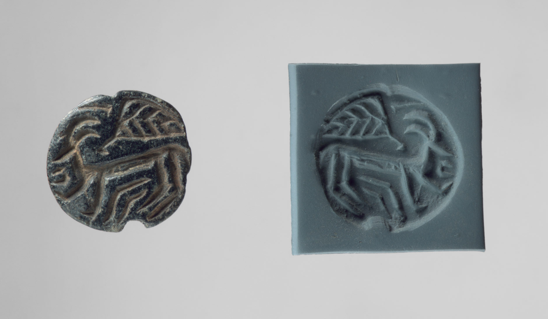 Stamp seal and modern impression: horned animal and bird