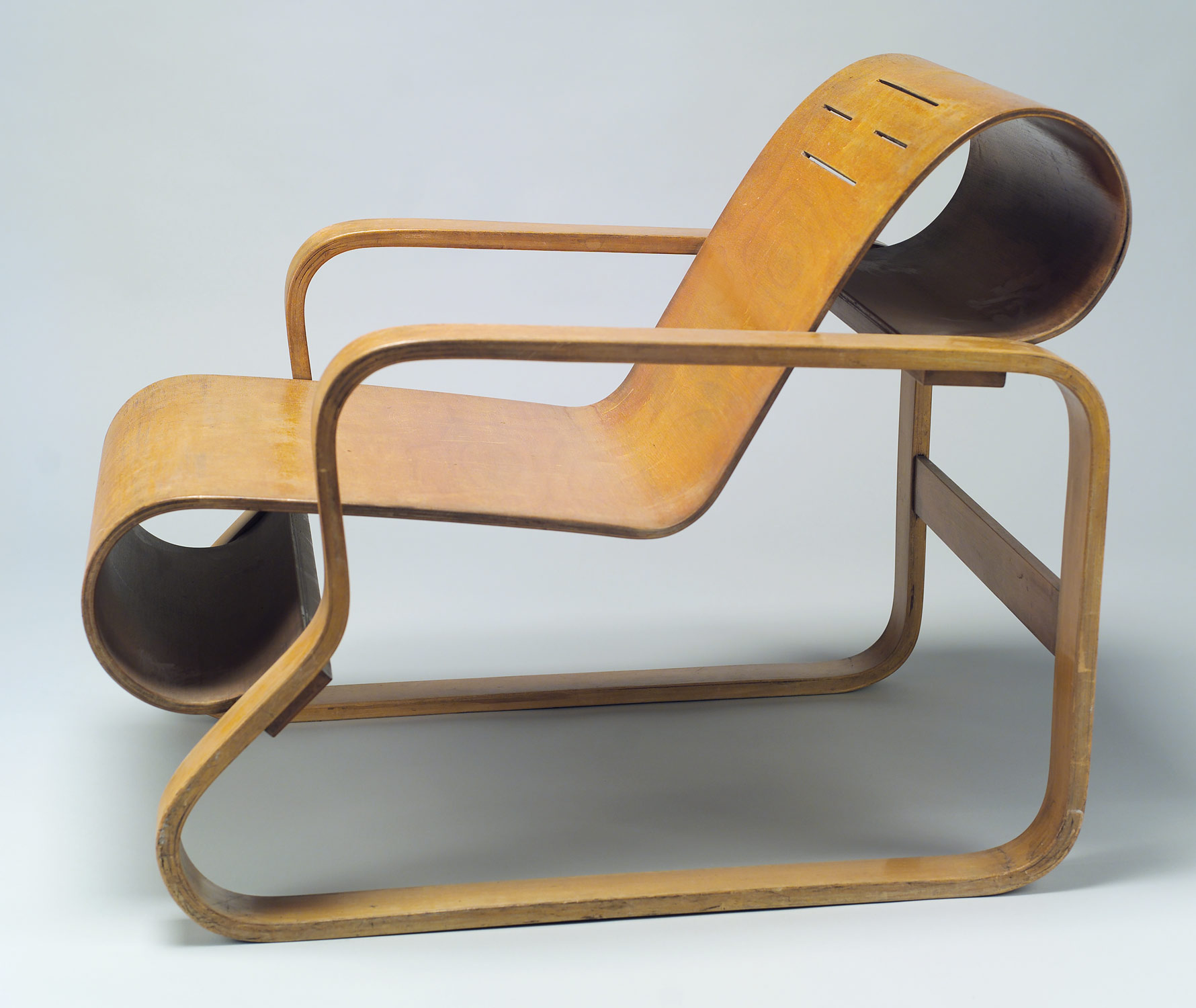 Model No. 41 lounge chair