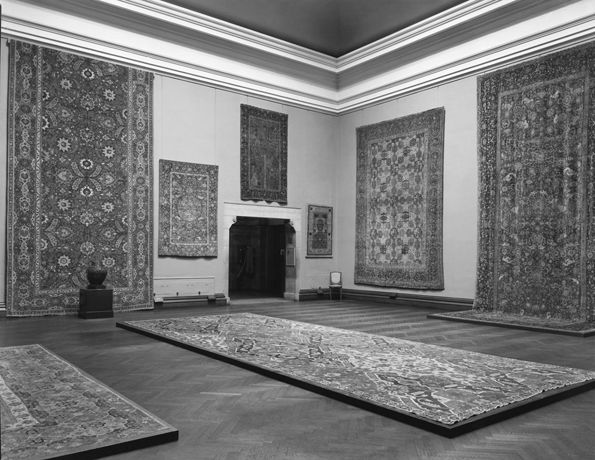 """Great Rugs of the Orient"" Exhibition, 1944"