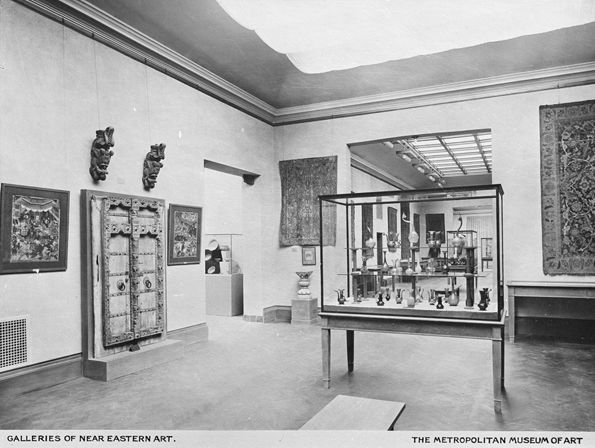 "Postcard showing Gallery E-14, the so-called ""Persian Room,"" 1912"