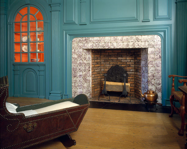 Fireplace wall paneling from the John Hewlett House | 10.183