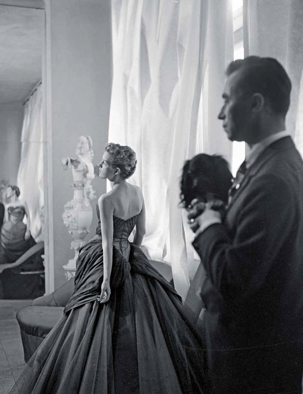 Cecil Beaton, photograph of Nancy and Charles James, 1955