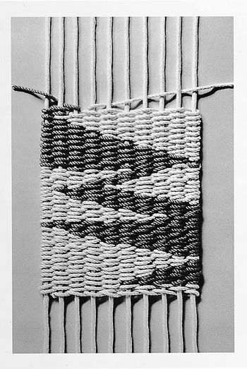 Model of weft-faced tapestry weave