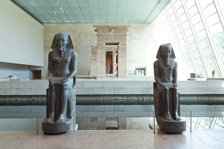 The reflecting pool at the Temple of Dendur