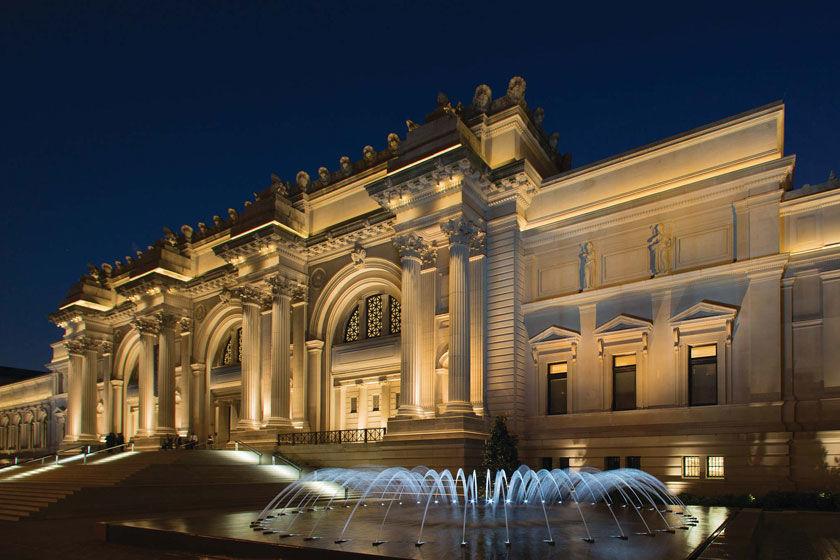Facade view of The Met Fifth Avenue