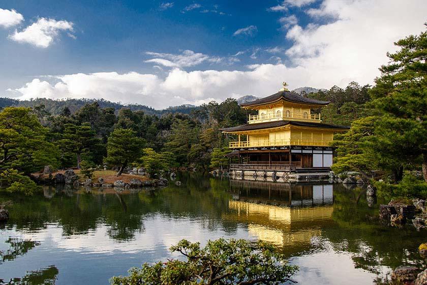 The Tale of Genji: A Japanese Classic Illuminated | The Metropolitan