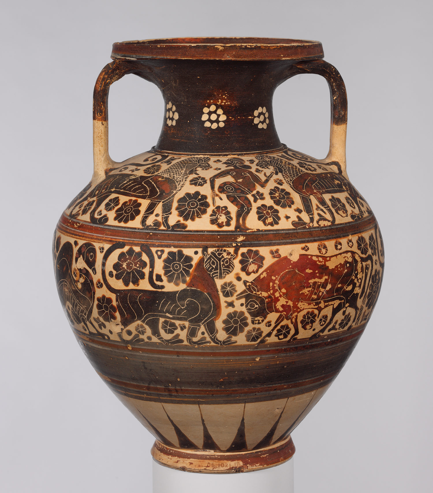 essays on ancient greek art