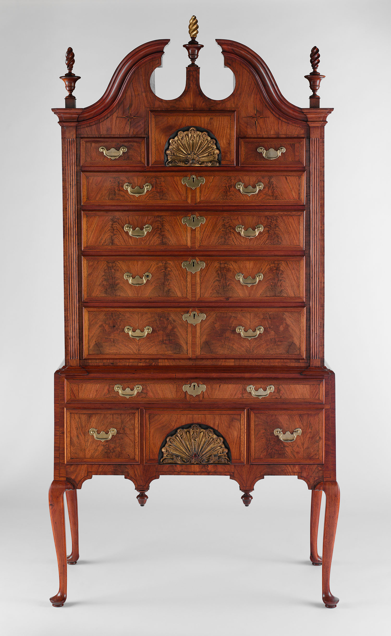 h2 10.125.62 - Antique American Furniture: A Frank Discourse