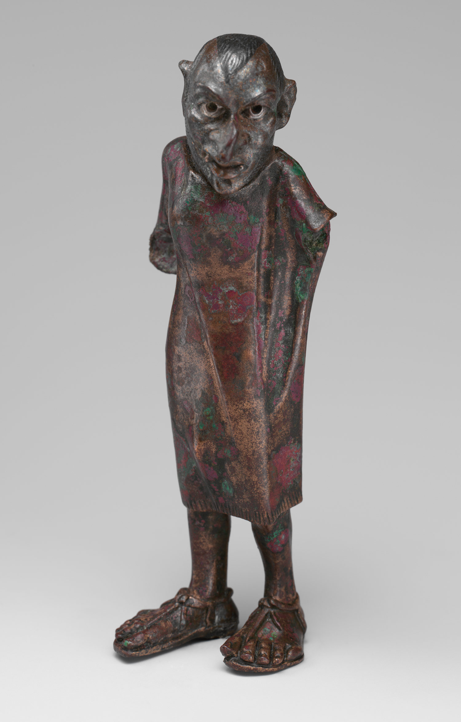 bronze statue of a man essay Ancient greek sculpture  and their figures in stone and bronze have become some of the most recognisable pieces of art  the bronze statue of the discus.
