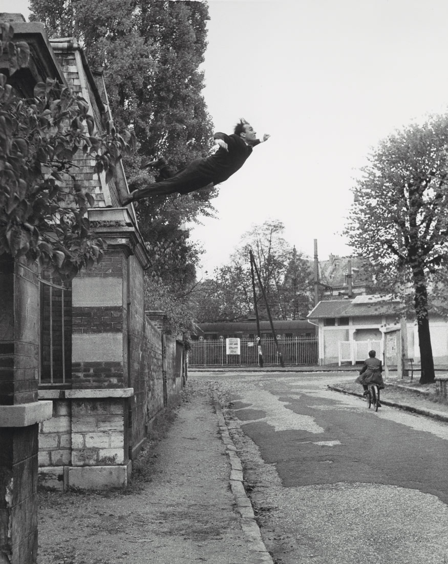 yves klein leap into the void