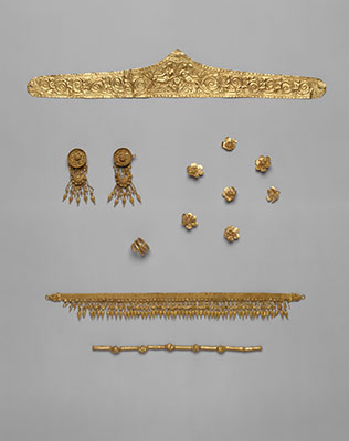 the rise of and the conquests of alexander the great  set of jewelry