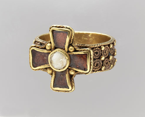 Finger Ring with a Cross