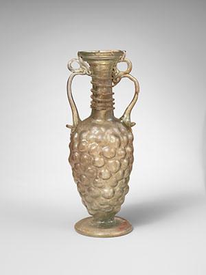 Roman Mold-Blown Glass | Essay | Heilbrunn Timeline of Art
