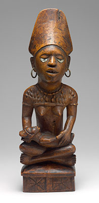 Commemorative Mother and Child Figure