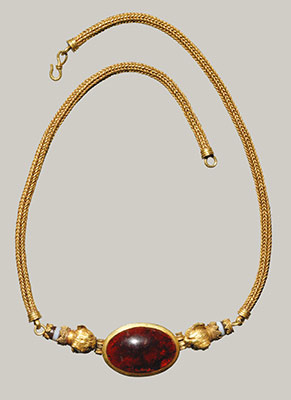Gold, garnet, and agate necklace and earrings