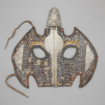 Head defense for a horse (shaffron)