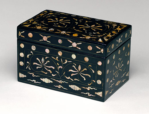 Box with Floral Decoration
