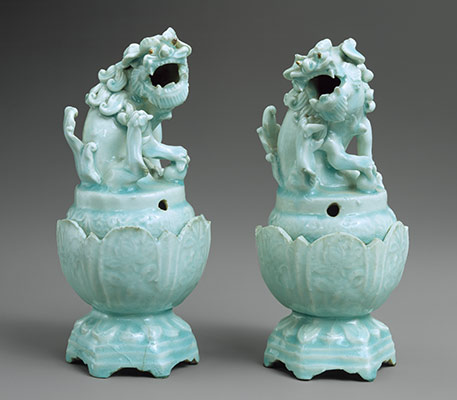 Pair of incense burners