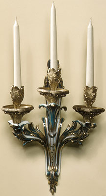 Wall sconce (bras de cheminée) (one of a pair)