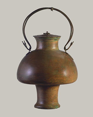 Bronze psykter with lid (vase for cooling wine)