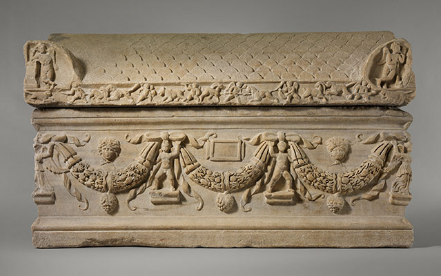 Marble sarcophagus with garlands