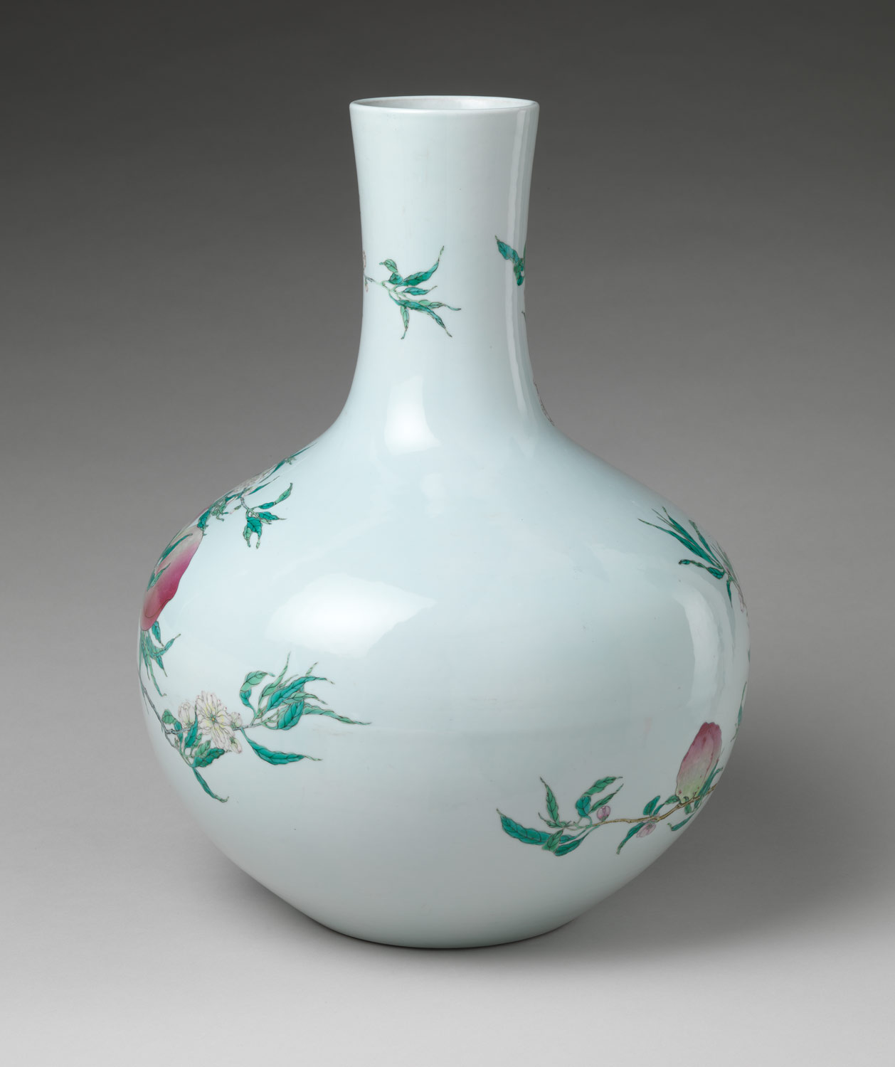 Vase with Nine Peaches