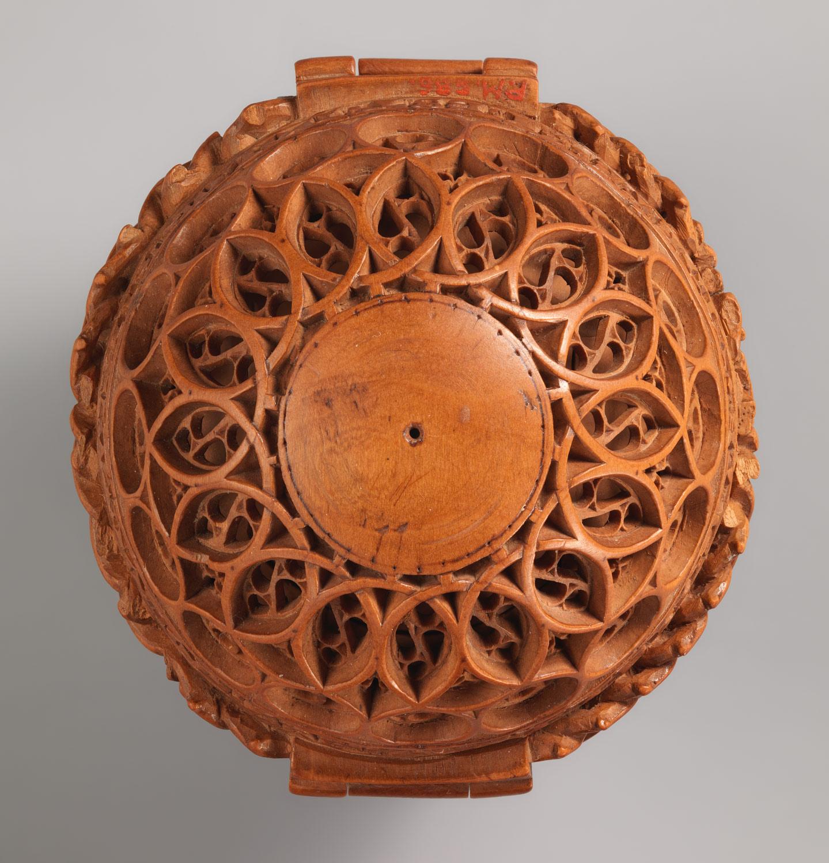 Wholesale carved undyed boxwood pendants wheat  mm