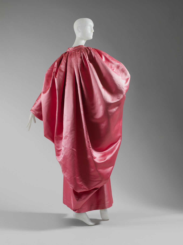 Inventing Gazar The Many Silks Of Cristobel Balenciaga