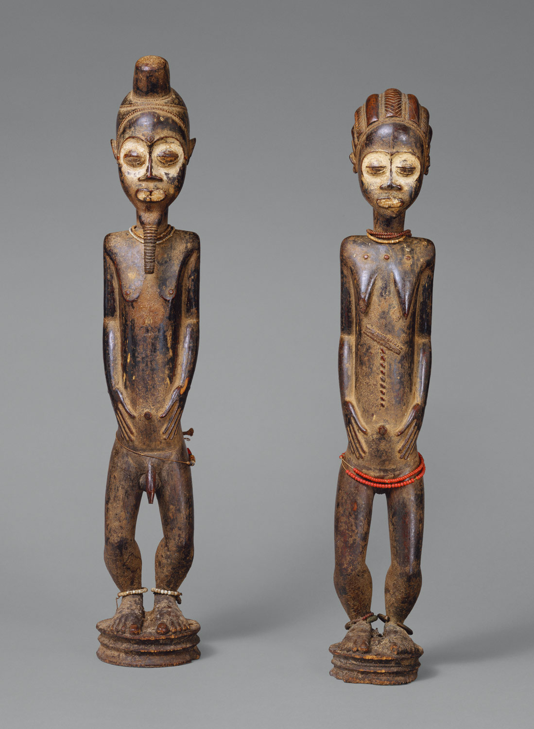 Pair of Diviners Figures