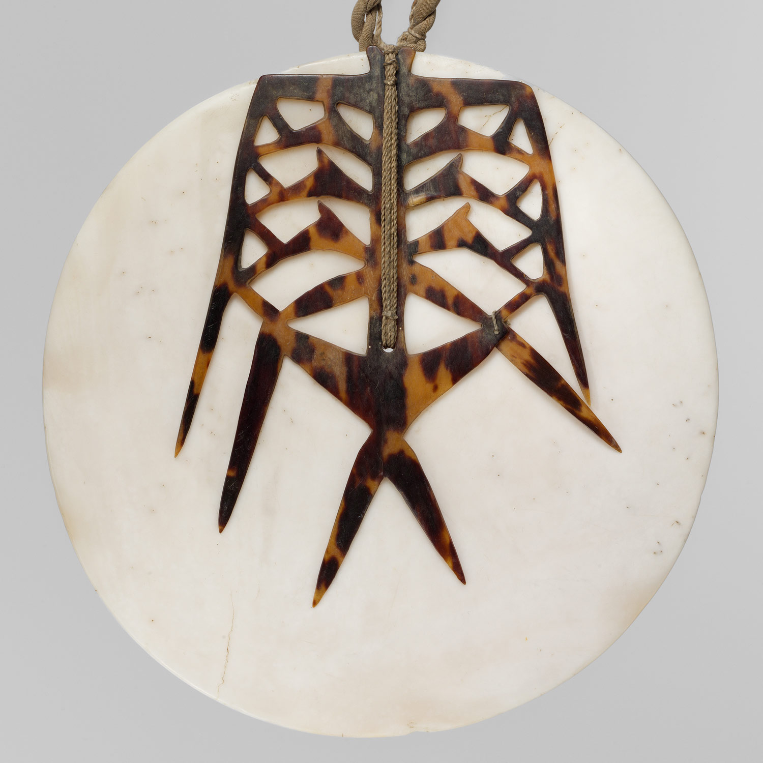 Breastplate (Tema, Tambe, or Tepatu)