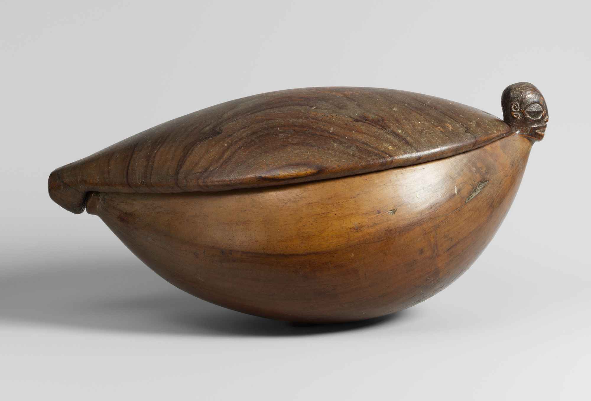 Lidded Bowl (Kotue)