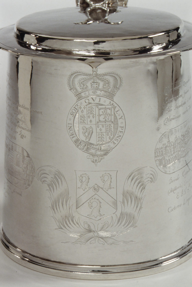 Tankard engraved with scenes depicting the Fire of London and the Great Plague