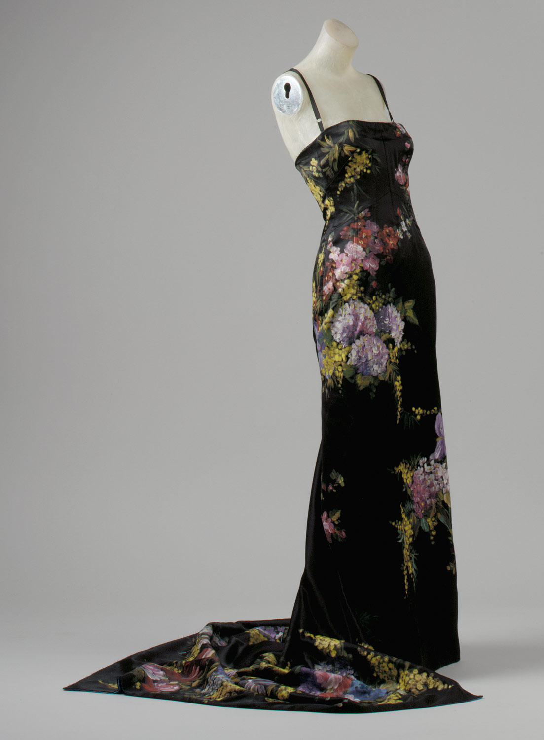 made in italian fashion from 1950 to now essay evening dress