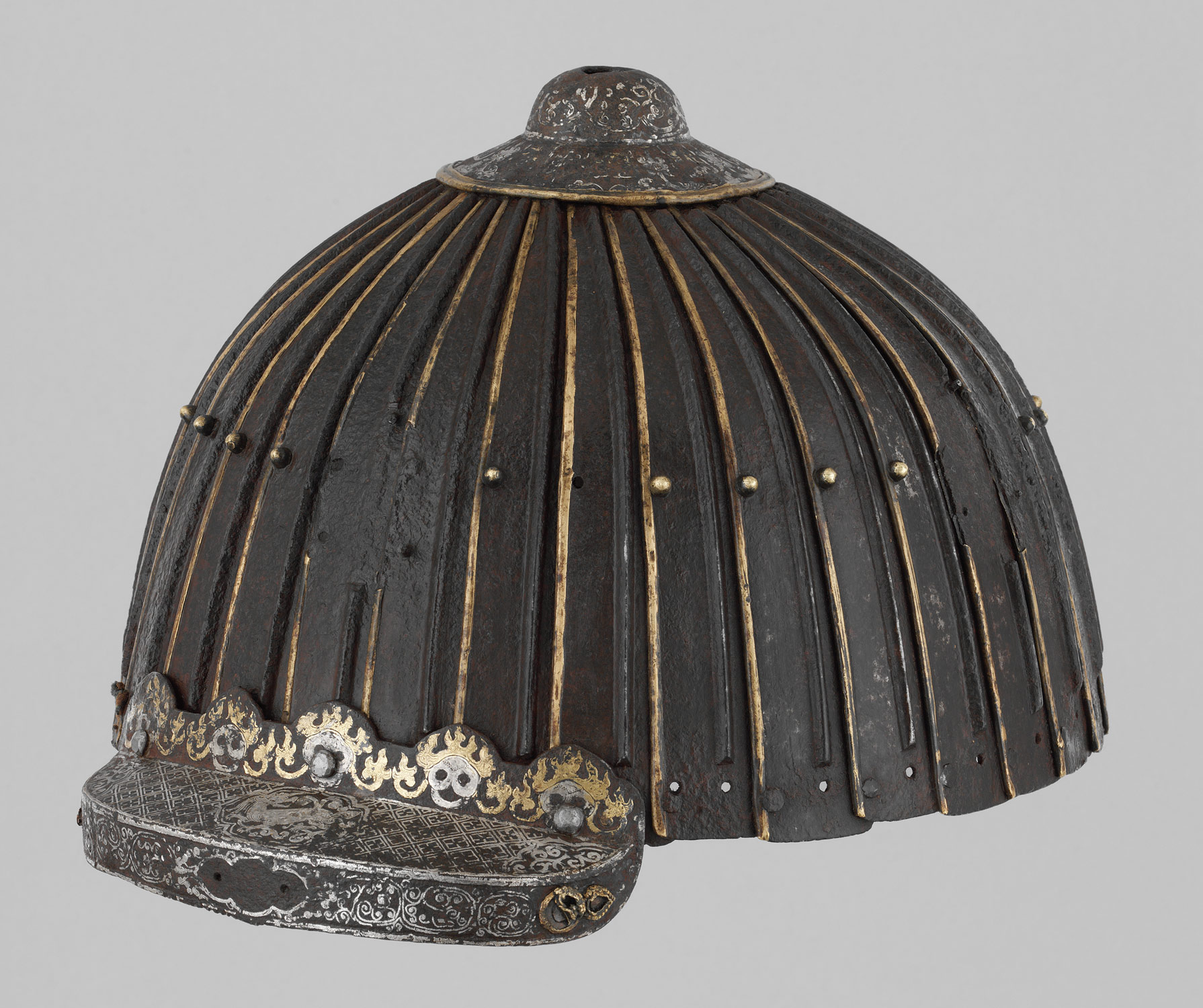 Multiplate helmet of thirty-two lames