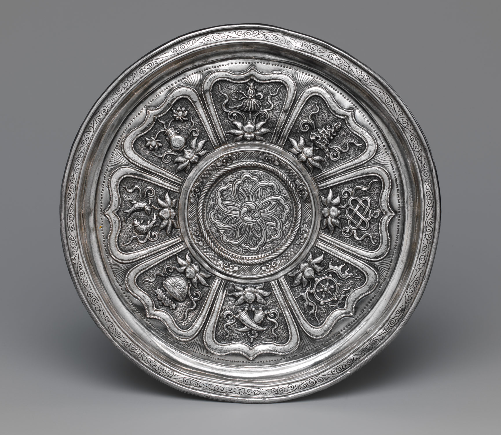 Dish with Eight Buddhist Treasures