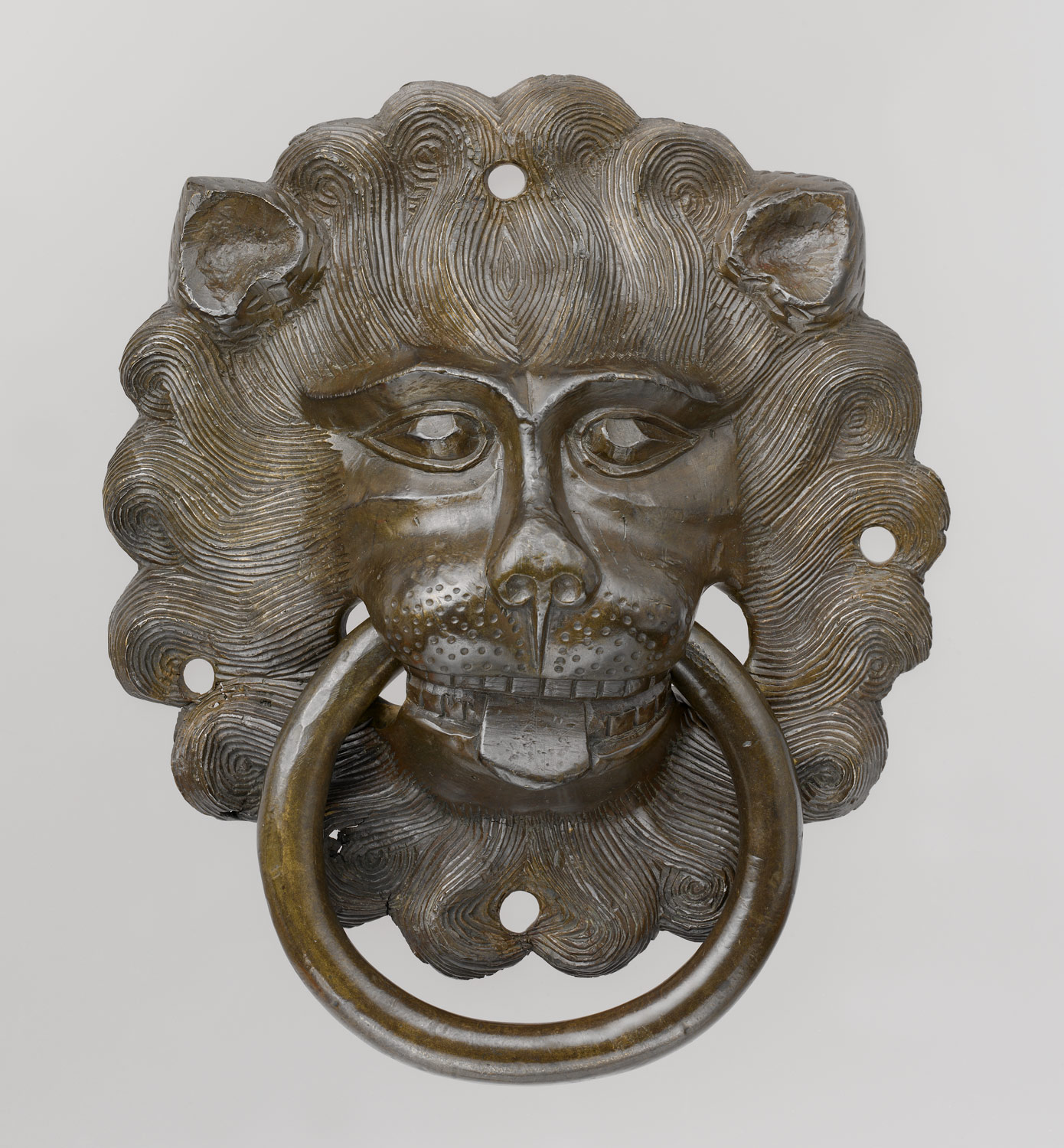 Lion mask door pull