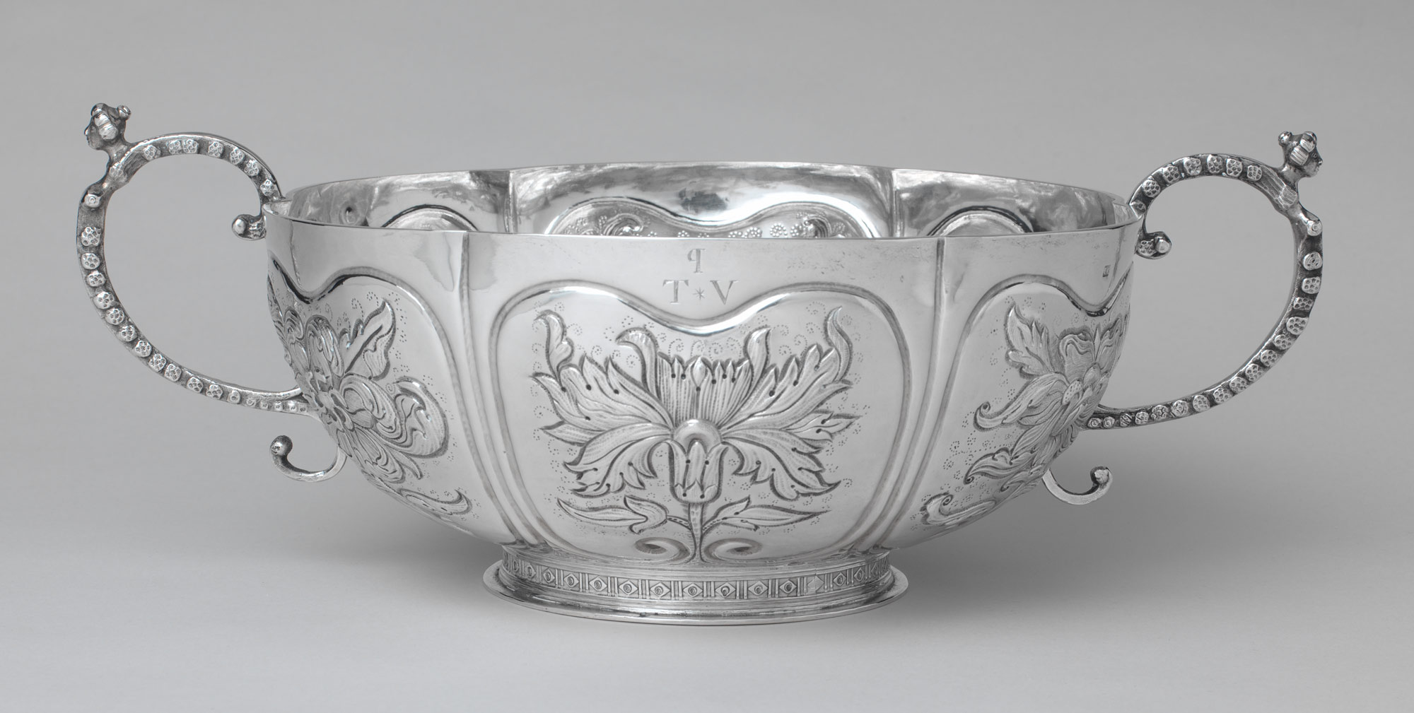 Two-handled bowl