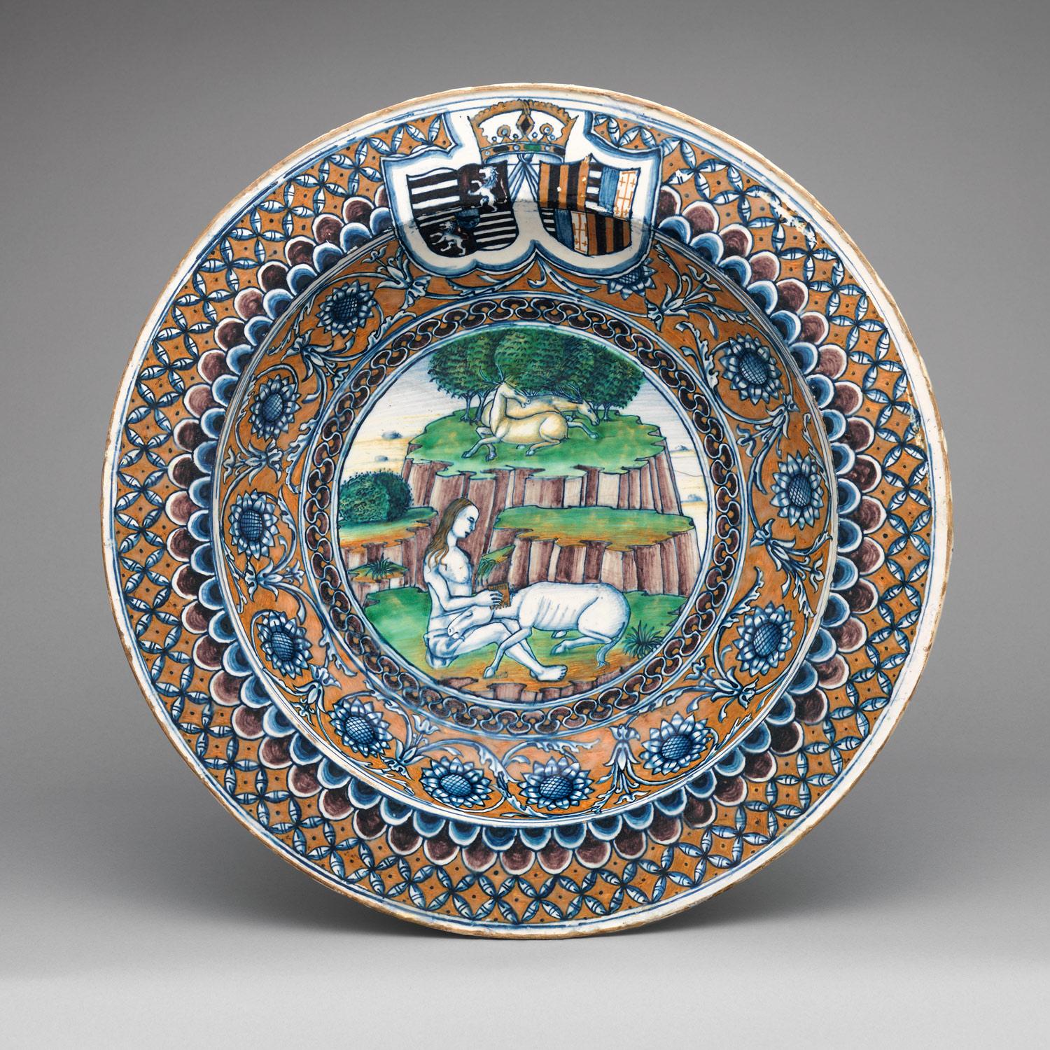 Bowl with The Virgin and the Unicorn and arms of Matthias Corvinus and Beatrice of Aragon