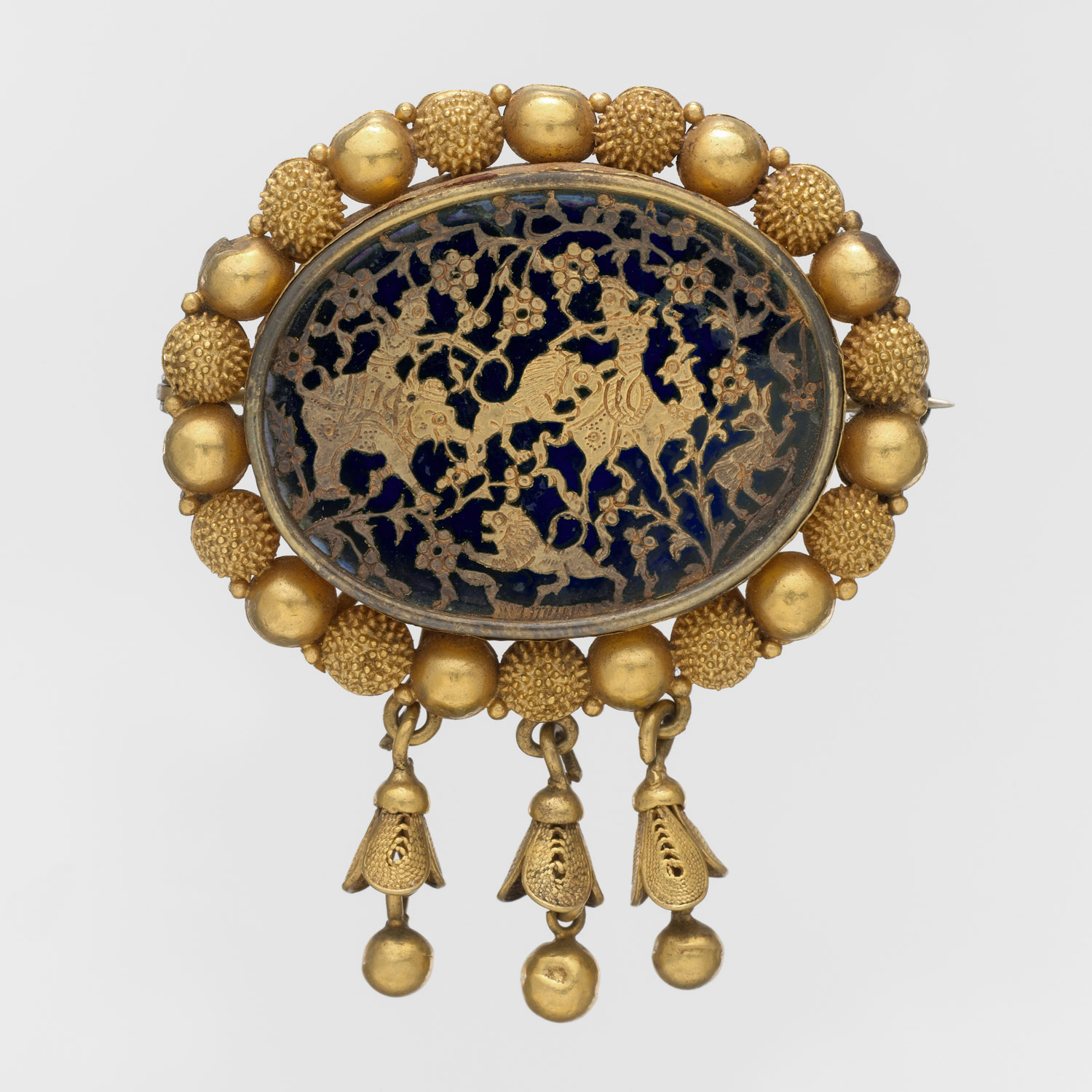 Brooch Decorated in the Thewa Technique