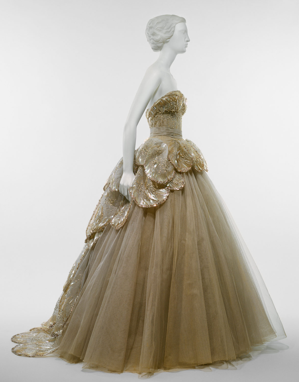 Christian Dior (1905–1957) | Essay | Heilbrunn Timeline of Art ...