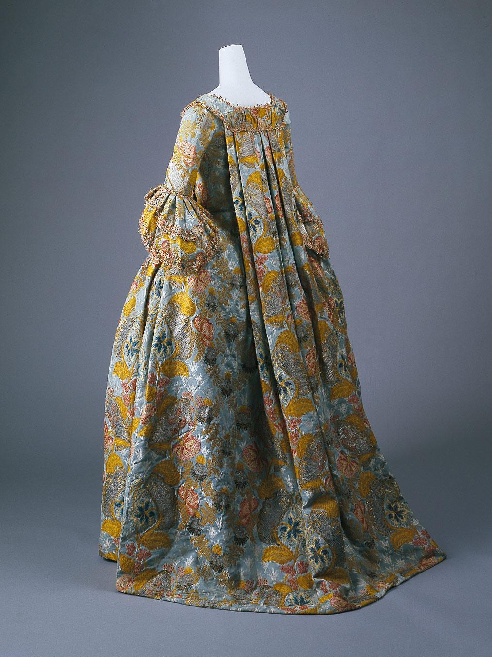18th century dresses fashion